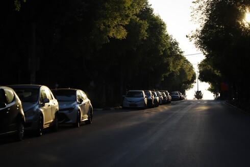 עוד שקיעה של סגר ברחוב ז׳בוטינסקי