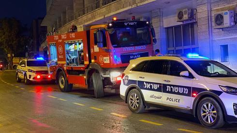 ניידת משטרה לילה, מכבי אש לילה