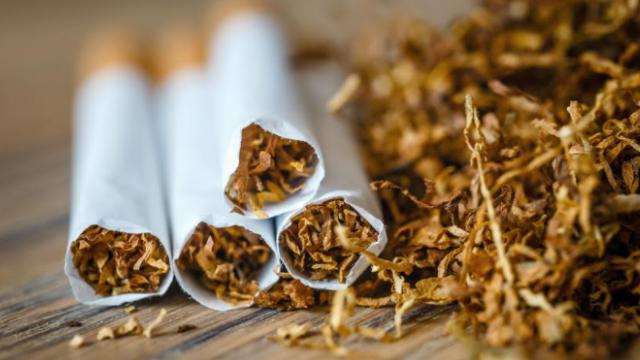 הבריח טבק בסך מיליוני שקלים