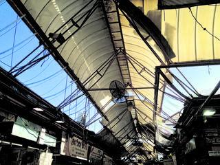 הגג בשוק. צילום: שלומי כהן