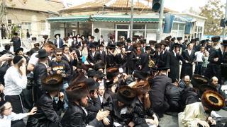 הפגנה  בכיכר השבת. צילום: דוד פרלמוטר, מחאות החרדים הקיצוניים