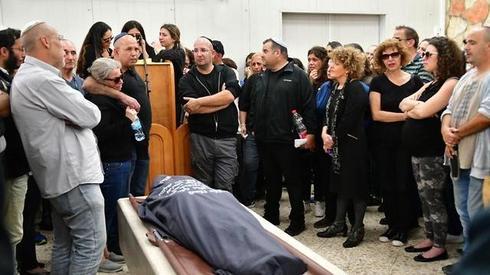 הלוויה של מעיין ברהום. צילום: רפי קוץ