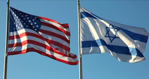 """דגלי ישראל וארה""""ב. צילום: shutterstock"""