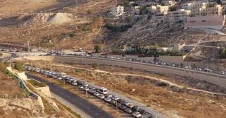 הפקקים הבוקר בהר חומה צילום: סיגל וגיא כהן