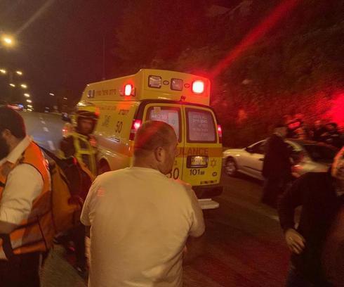 """התאונה בגולדה מאיר. צילום: דוברות מד""""א"""