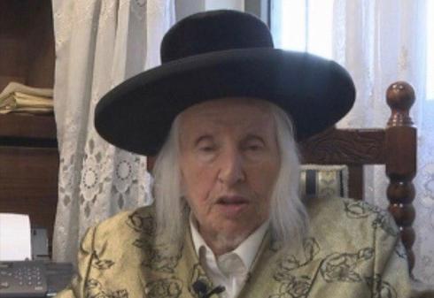 """האדמו""""ר מקאליב הרב מנחם מנדל טאוב ז""""ל, בן 96 במותו (צילום: אלי מנדלבאום)"""