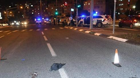 זירת התאונה בשדרות גולדה מאיר. צילום: רפי קוץ