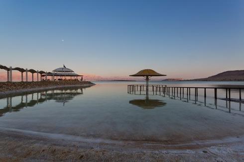 """החוף הצמוד למלון לוט. יח""""צ"""