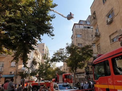 השריפה במרכז העיר. צילום: ענת יורובסקי
