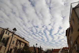 עננים מעל נחלאות | צילום: רועי אלמן