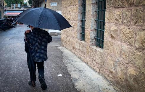 גשם בירושלים (צילום: רועי אלמן)